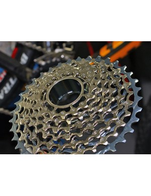 Coming later this year is the remarkably clever XG-1080 PinDome cassette, which uses high-strength steel pins to join the outer edges of each cog together. The resultant structure approaches XX weight-wise but is expected to run quieter and be even more resistant to mud