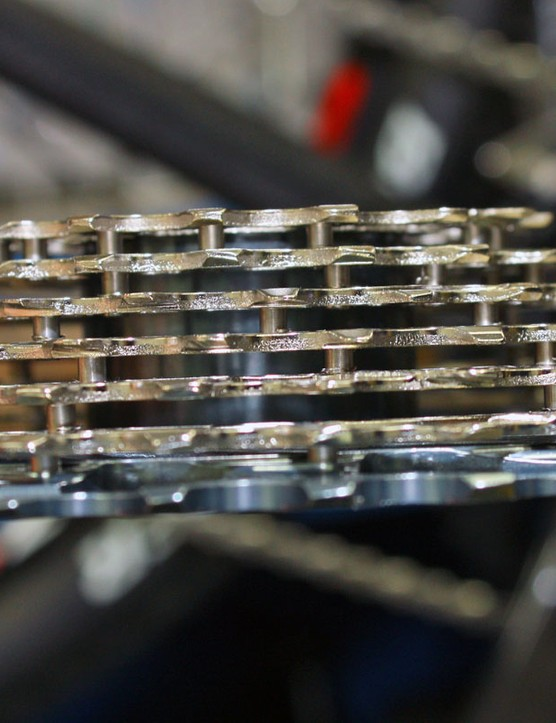 The steel pin construction of the upcoming XG-1080 cassette leaves gobs of room for drivetrain-clogging mud to pass through