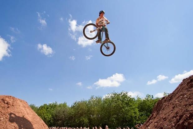 Sam Reynolds, winner of the 2009 Mountain Biking UK Dirt Jump Invitational