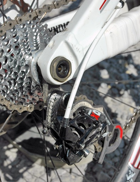 Out back, Greg is running a SRAM X0 mech and 10-speed SRAM Force road cassette
