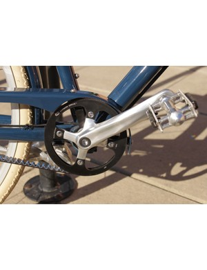 While the Sugino EX-1 crank looks good, it features a square taper bottom bracket interface, which is primitive for a bike in this price range