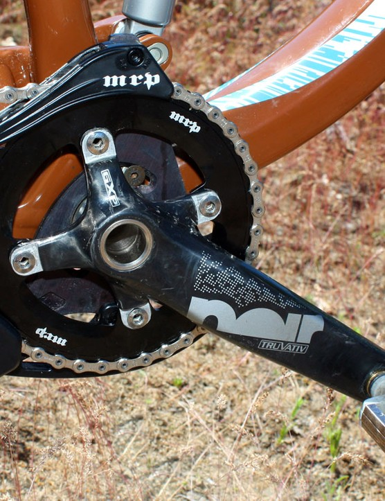 Replacing the standard three chainrings is a single MRP 40T Podium ring and a secure MRP G2 SL chain guide