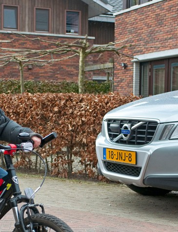 Critics say Volvo should instead try to minimise the danger to cyclists from motor vehicles