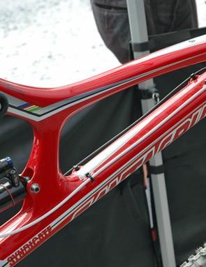 Santa Cruz's new V-10.4 Carbon frame is a beauty