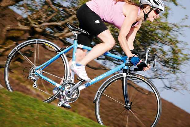 The sportier stretch to the bar and the bike's low weight reward a more athletic riding style