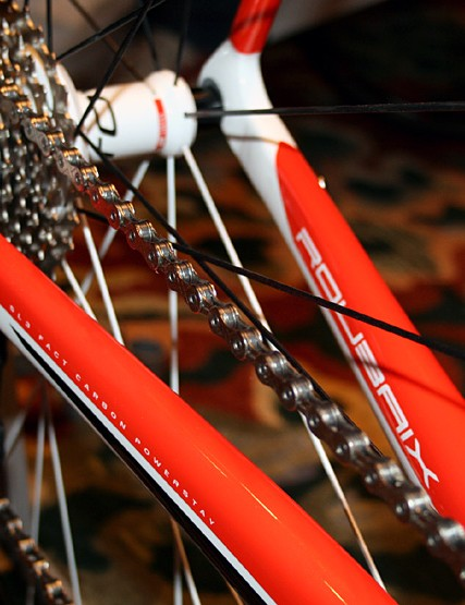 Hollow chainstays allow for internal cable routing