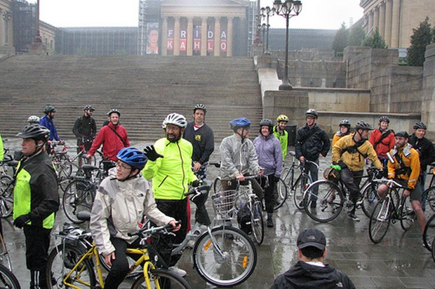 Mayor Michael Nutter (in yellow) at the steps where the Gran Fondo Philadelphia will begin