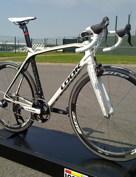 LOOK say the 695 is lighter than all but the Scott Addict R1