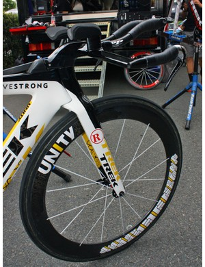 The front end of the Speed Concept is highly integrated, resulting in one of the cleanest looking setups in the peloton