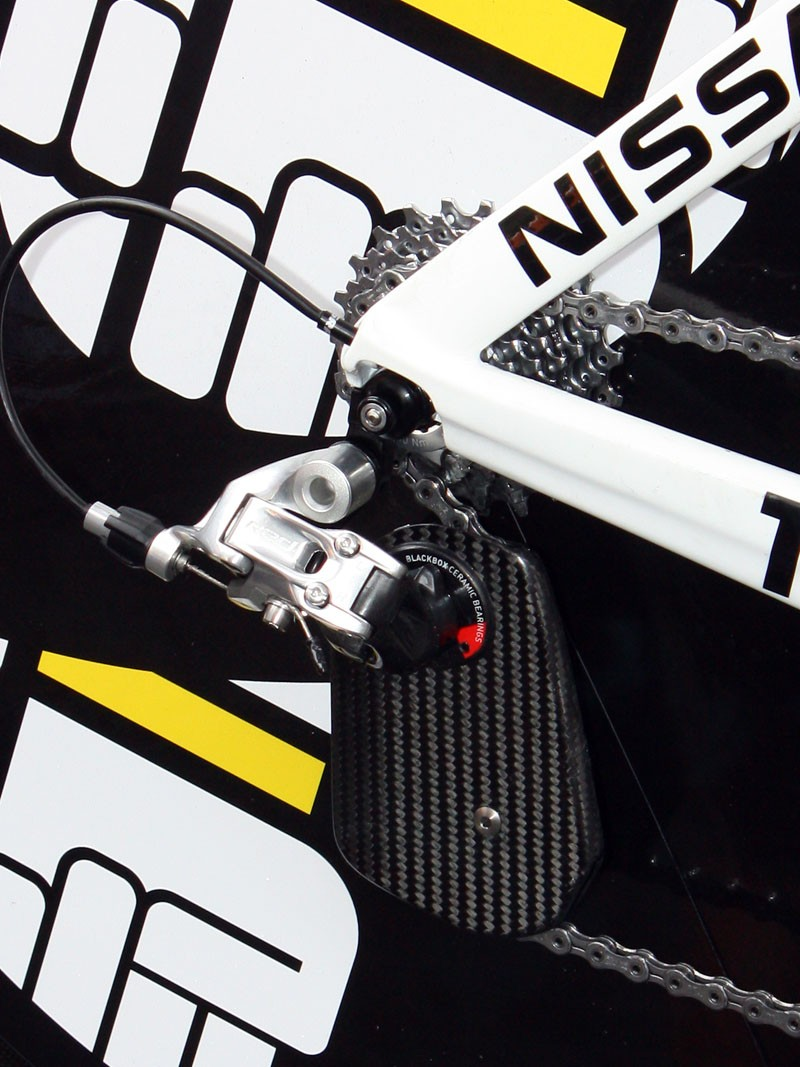 Armstrong's carbon fibre rear derailleur cage was made by Wolfgang Berner