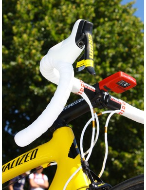 Yellow accents adorn Cancellara's SRAM Red LTE DoubleTap lever but shortly after this shot was taken, the hoods were swapped for yellow ones