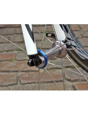 The team's Zipp wheels receive a bit of colour with blue hub caps