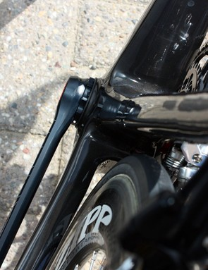 The non-drive side chainstay grows in width as well, expanding out all the way to the edge of the BBright bottom bracket shell