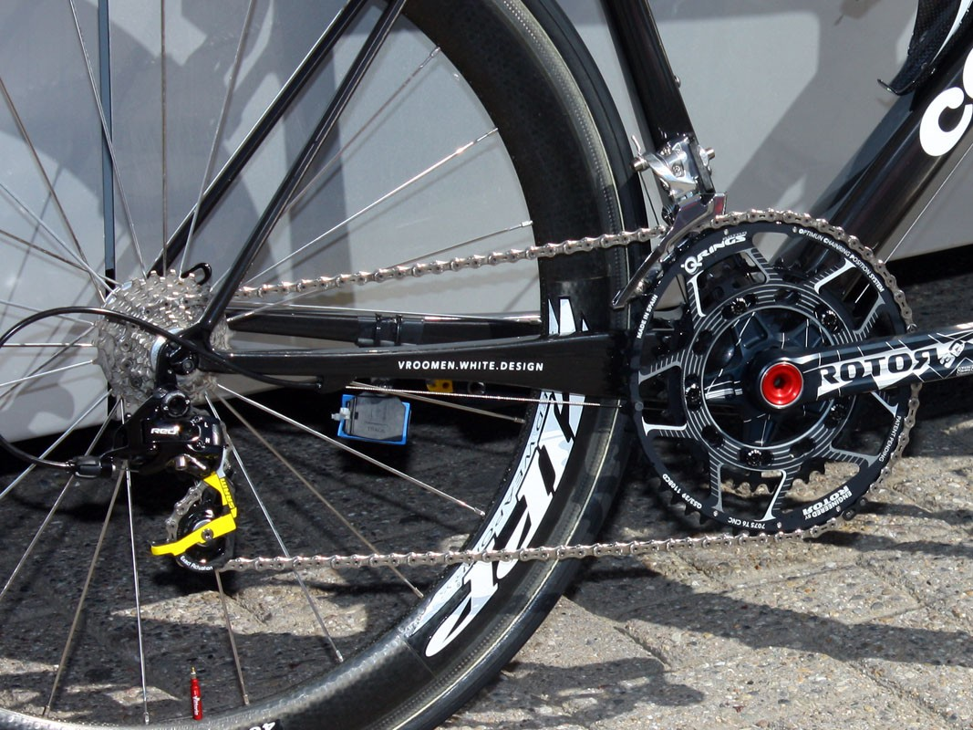 Chainstays are taller at the bottom bracket than before but taper down more dramatically at the dropouts, suggesting an even better ride than the R3