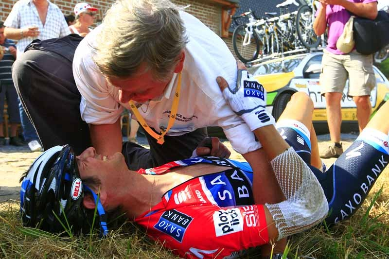 Frank Schleck broke his collarbone in three places