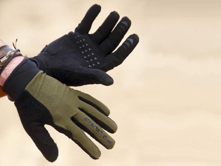 Polaris Roam gloves