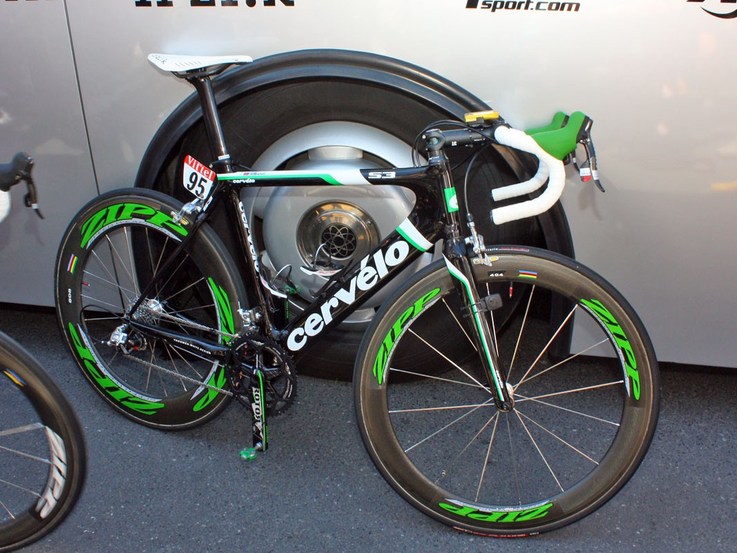 Thor Hushovd (Cervélo TestTeam) set off on Stage 4 with this tastefully decorated Cervelo in honour of the points jersey he claimed after winning on Tuesday