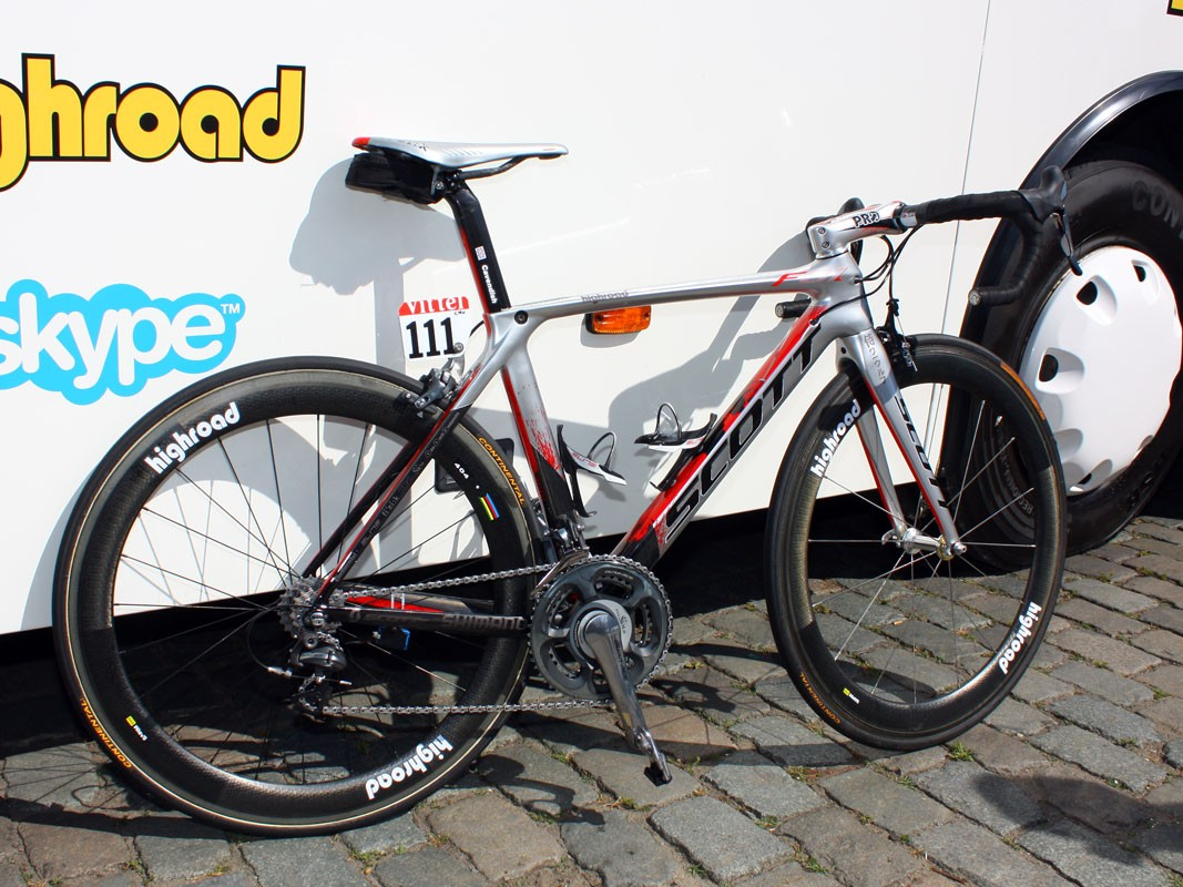 HTC-Columbia team sponsor Scott provided Mark Cavendish with this specially painted Project F01 aero road bike.