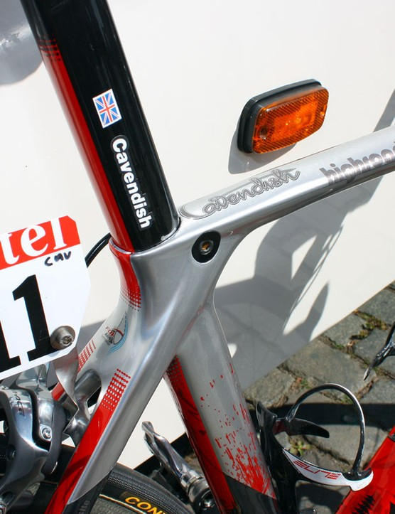 Given the big 'Cavendish' on the top tube, we're thinking the sticker on the seatpost is a bit superfluous.  Check out the neatly integrated seatpost binder.