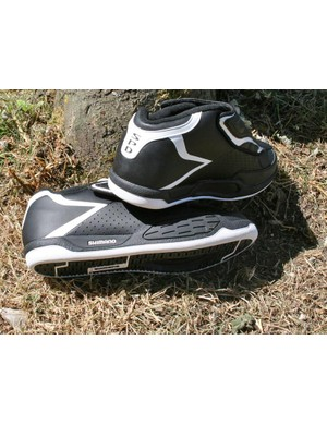 Semi-high top for ankle protection