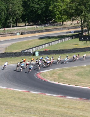 HotChilee riders flood the bends of the circuit