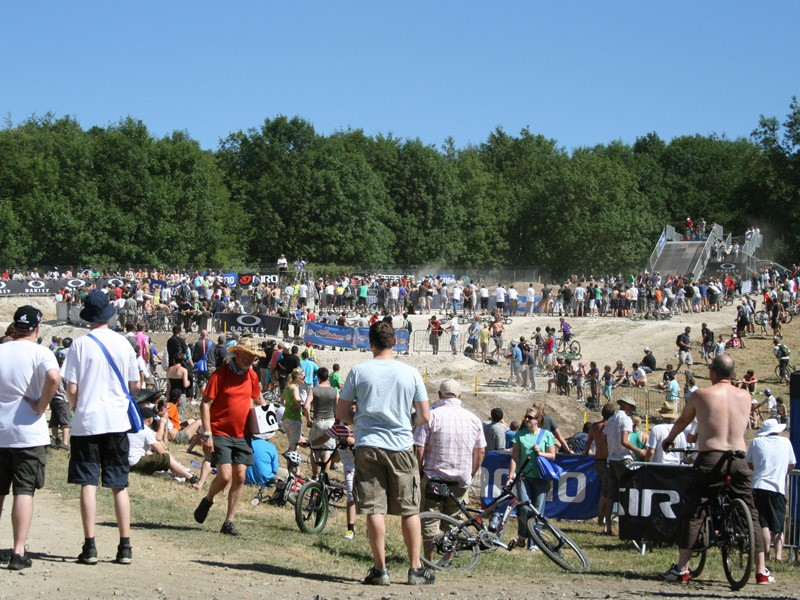 Huge crowds gather to spectate the dual slalom