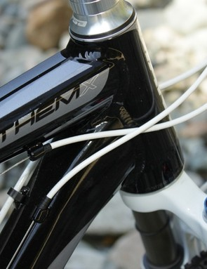 Anthem X features an OverDrive tapered head tube