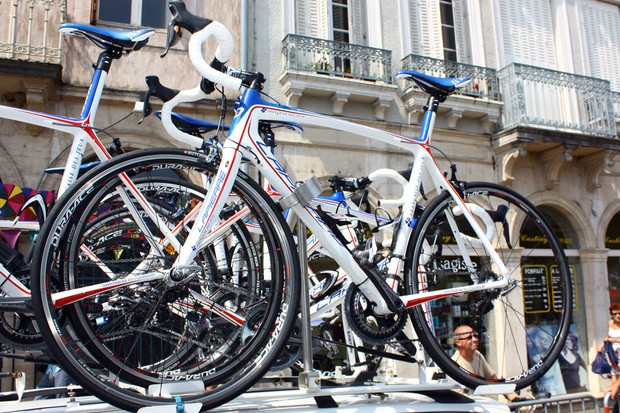 Francais des Jeux are primarily using tubular tyres for their main race bikes at this year's Tour de France but most of the spare machines are fitted with Hutchinson Road Tubeless rubber