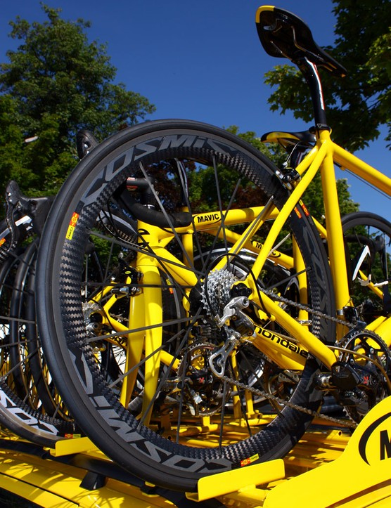 Spare Mavic neutral bikes have a multitude of wheels fitted, including the 2011 Cosmic Carbone SLRs as seen here