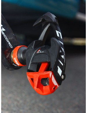 Voeckler is using Time's latest i-Clic Ti Carbon pedals