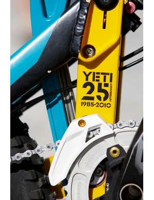 The 303DH sports Yeti's iconic yellow and turquoise paint scheme