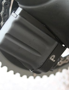 The bottom bracket area has a flattened surface where a Shimano Di2 battery can be mounted.