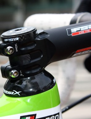 Basso runs a smaller-than-typical frame size to get the head tube length he wants – then has to run a 140mm-long stem to get the proper reach