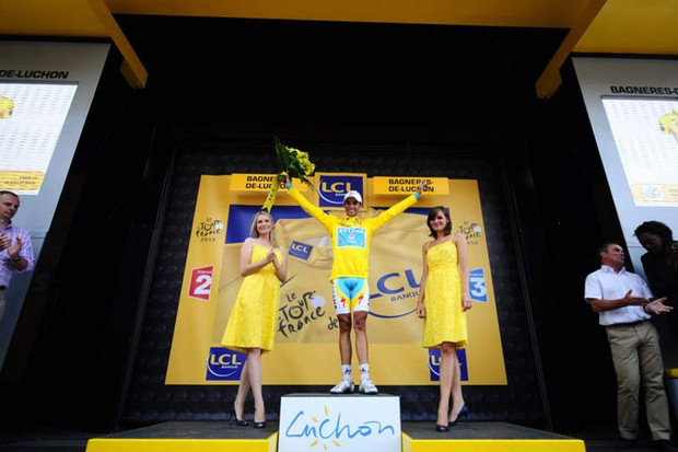 Alberto Contador, now in yellow