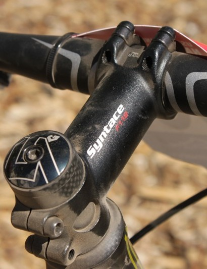 Syntace's F119 accepts a 31.8 oversized handlebar
