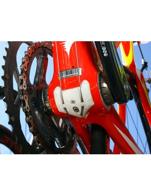 The externally routed derailleur cables run through a dedicated bottom bracket guide.