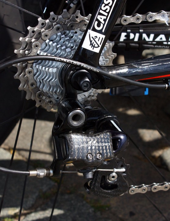 Bolted to the rear of the Caisse d'Epargne team bikes is a Campagnolo Super Record rear derailleur.