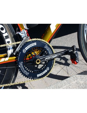 Footon-Servetto team bikes are fitted with Rotor Agilis cranks and elliptical Q-Rings.
