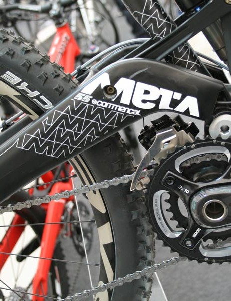 Commencal Meta 5.5 with SRAM XO 2x10
