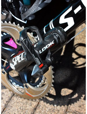 Contador is using Look's latest KéO Blade pedals.
