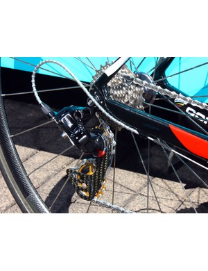 Contador's SRAM Red rear derailleur is hopped up with a Berner carbon fibre cage and oversized pulleys.