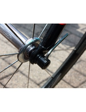 A tiny lever secures the wheels on to the frame and fork.