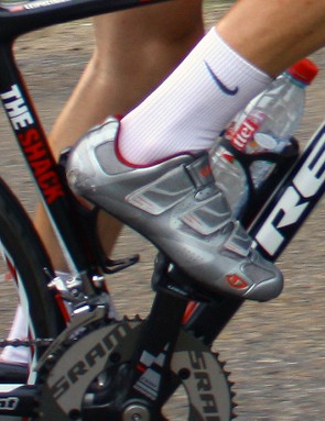 Leipheimer's new Giro shoes sport three wide and offset Velcro straps and the carbon sole looks especially thin - but we'll have to wait for additional details until late August when they're officially introduced to the world.