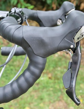 Ridgeback Platinum Shimano 105 levers