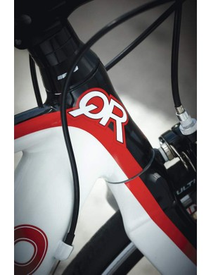 The super-short 90mm head tube is the key to the ultimate aero position potential of the Tequilo