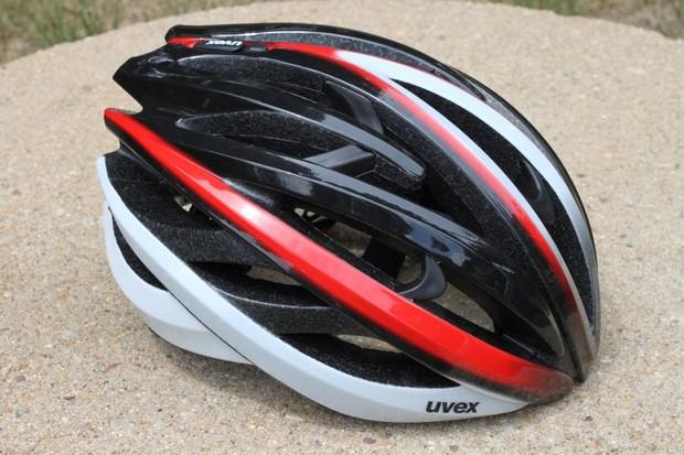 The Uvex fp3.0 road helmet