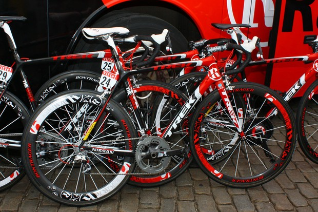 Standard Team Radioshack bikes get this bold red, black and white paint job.