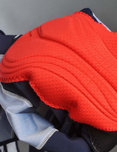 Capo includes an excellent Cytech stretch multi-thickness seamless chamois in its Monza short