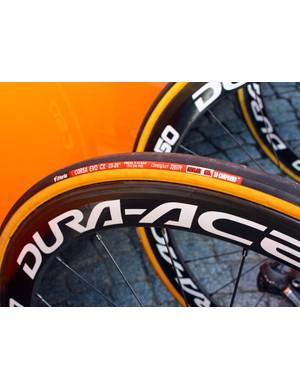 Vittoria tyres are mounted to Shimano Dura-Ace carbon tubular rims on the Rabobank team bikes.