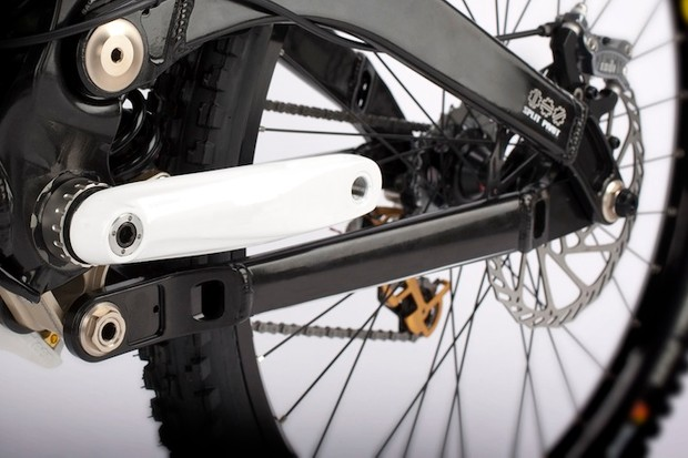 Devinci's 2011 Wilson downhill bike will sport the Split Pivot design